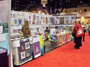 QuiltWoman Booth800