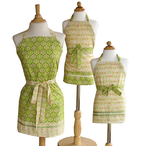 Adjustable aprons by reannalily designs for Apron designs and kitchen apron styles
